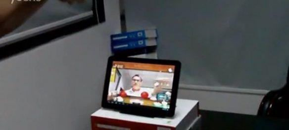 Tablet z Androidem sterowany ruchem