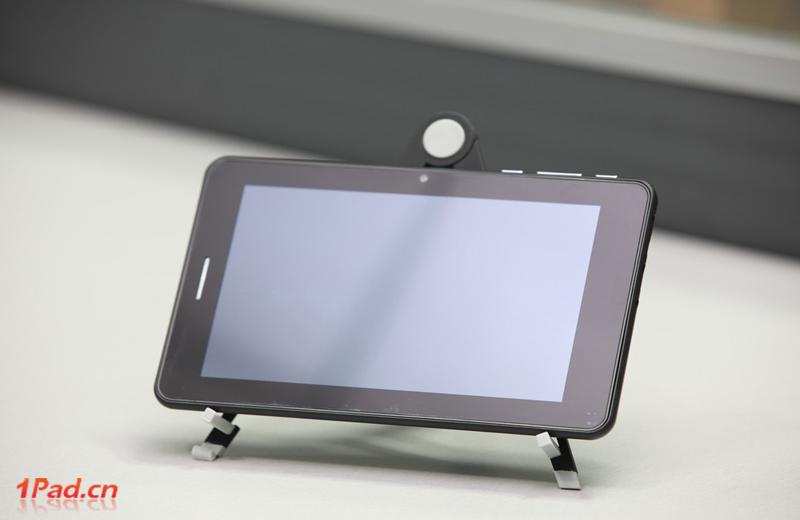 PiPO 7cali - prototyp z 3G