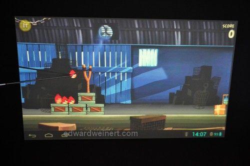 SmartQ U7 i gra Angry Birds sterowana wskaźnikiem