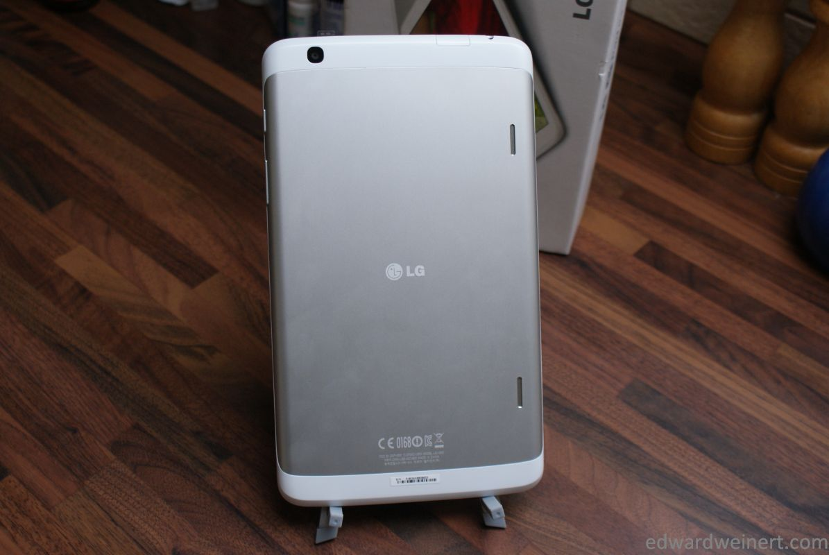lg-g-pad-8.3-firstlook-008